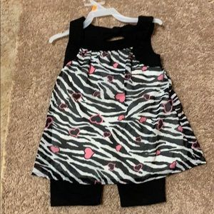Girls Toddler Healthtex zebra print outfit.Size 4T